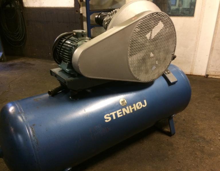 Dejlig Køb en brugt Stenhøj Kompressor hos Multimontøren MZ-92